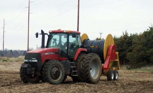1000 Manure Injection Hose Reel in Action