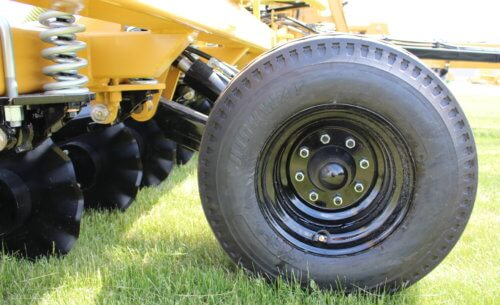 High Capacity Flotation Tires on Titan Series Toolbar